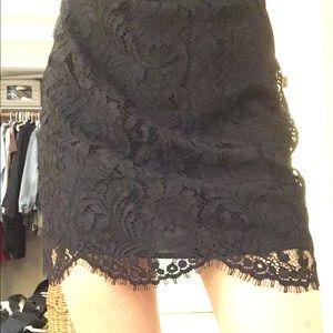 Beautiful Wilfred lace eyelet skirt. Size 4